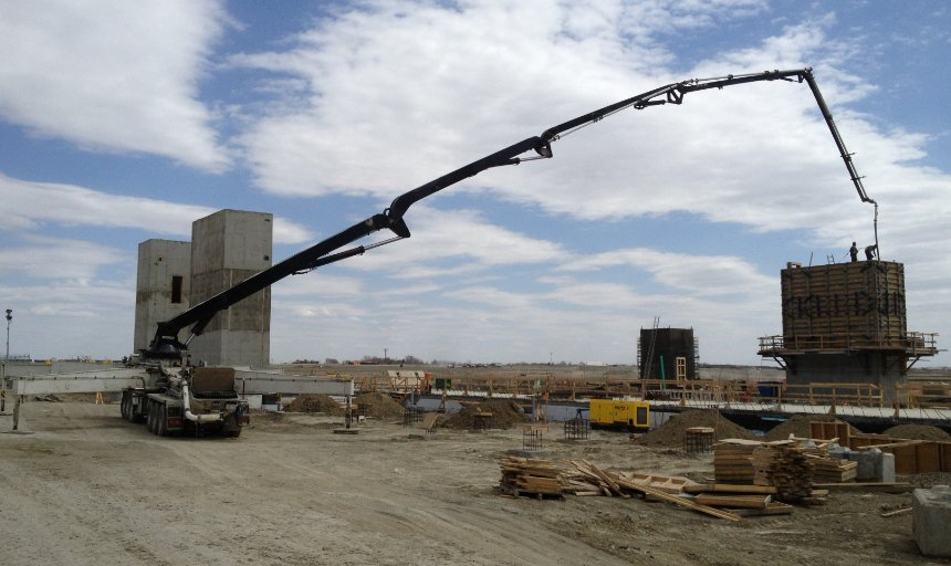 a single Dynamic Concrete Pumping boom pump being used at the Quarry Park Development