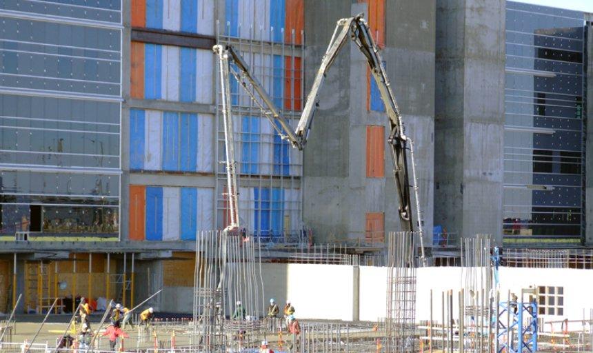 Dynamic Concrete Pumping pumping concrete at Calgary South Hospital