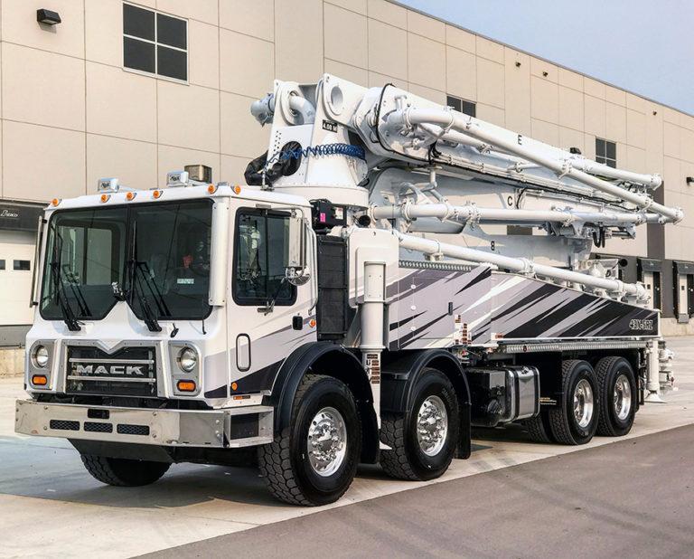 DY 43-Meter Concrete Boom Pump on Mack Truck