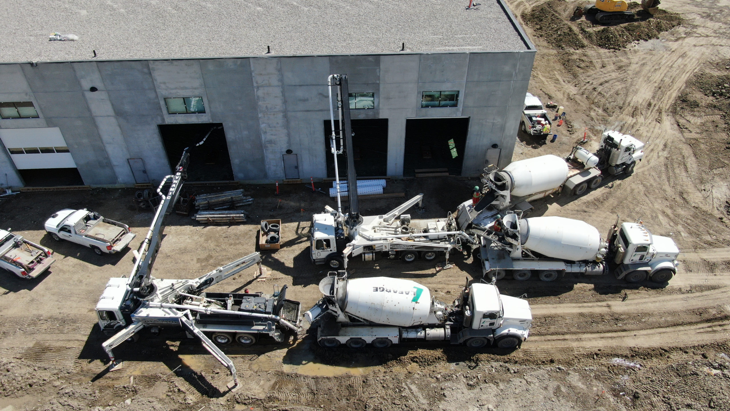 Dynamic Concrete Pumping pumping concrete into the HF11 industrial condo development